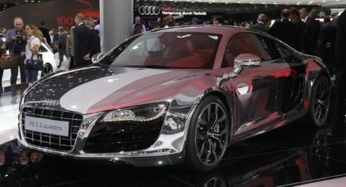 Audi-R8-Chrome-0